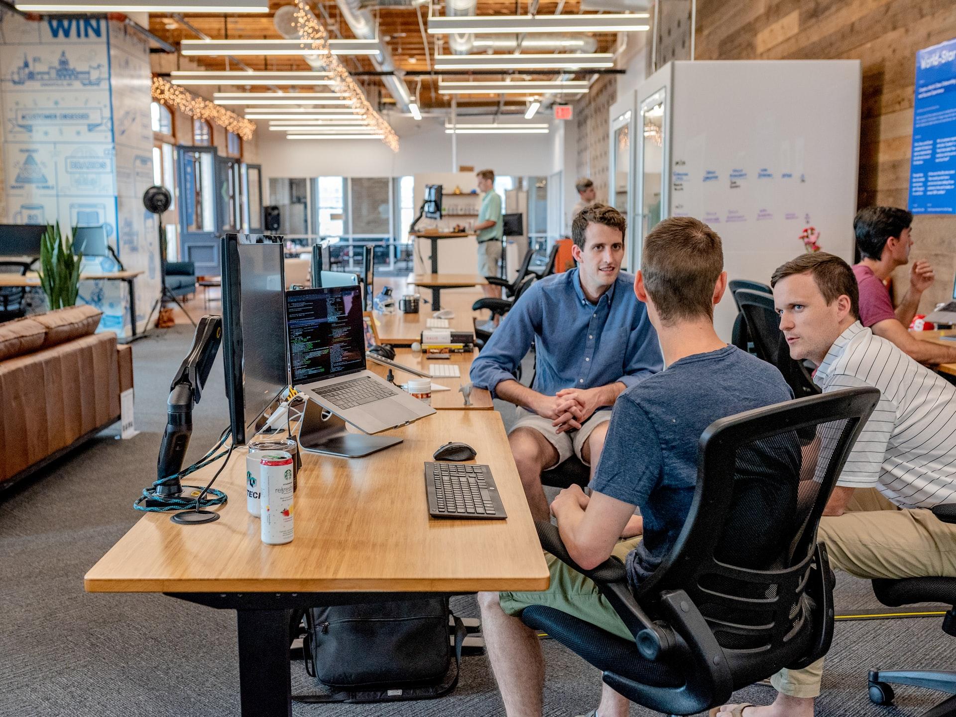 ambiente de uma startup
