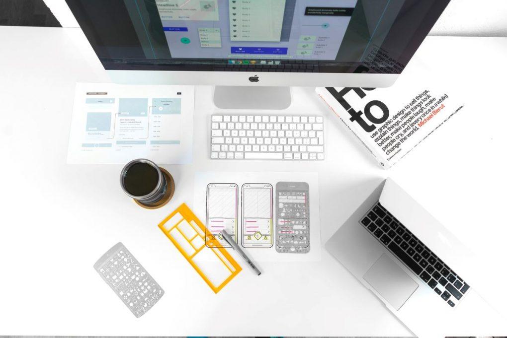 computador de designer para ter mais visitas no site